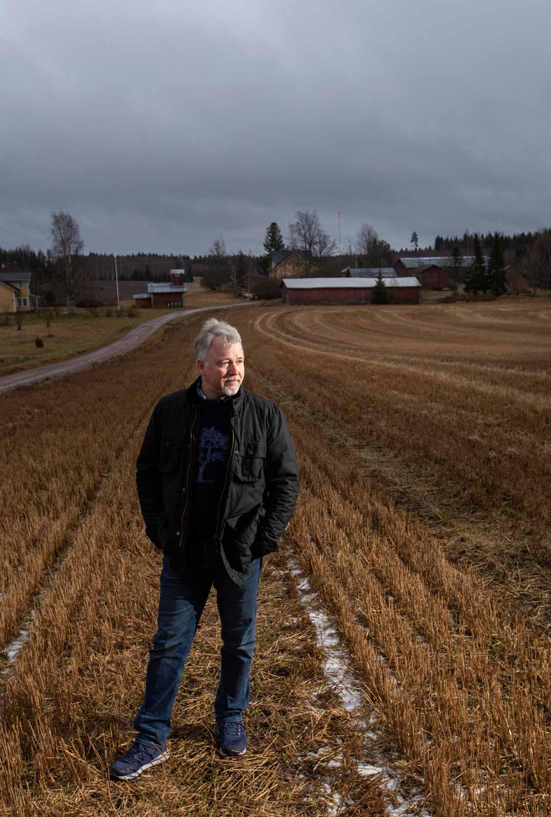 Hollolalainen Juha Pihanen keräsi vuosia uskallusta, ennen kuin pystyi laittamaan sukutilansa pellot vuokralle. Päätös ei ole kaduttanut.