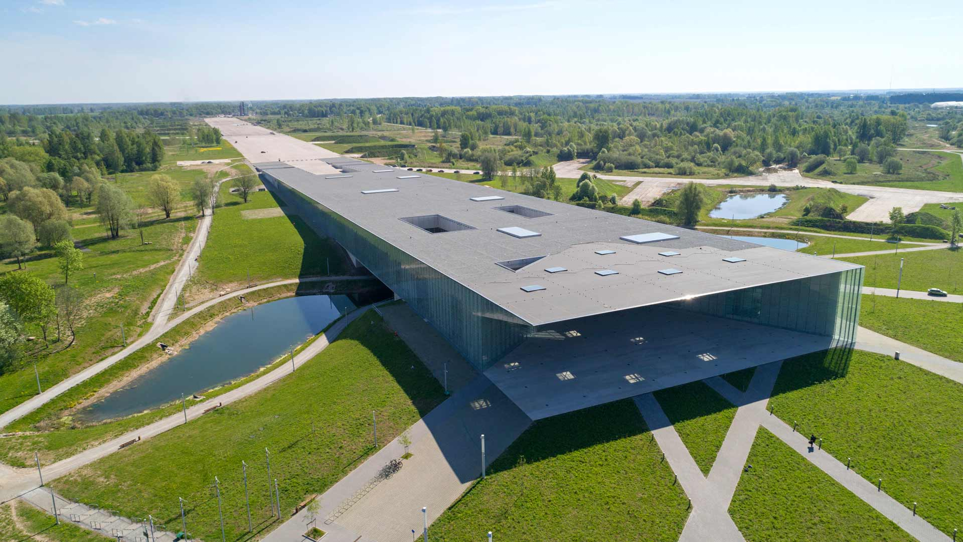 Viron kansallismuseo kiehtoo arkkitehtuurillaan ja näyttelyillään.