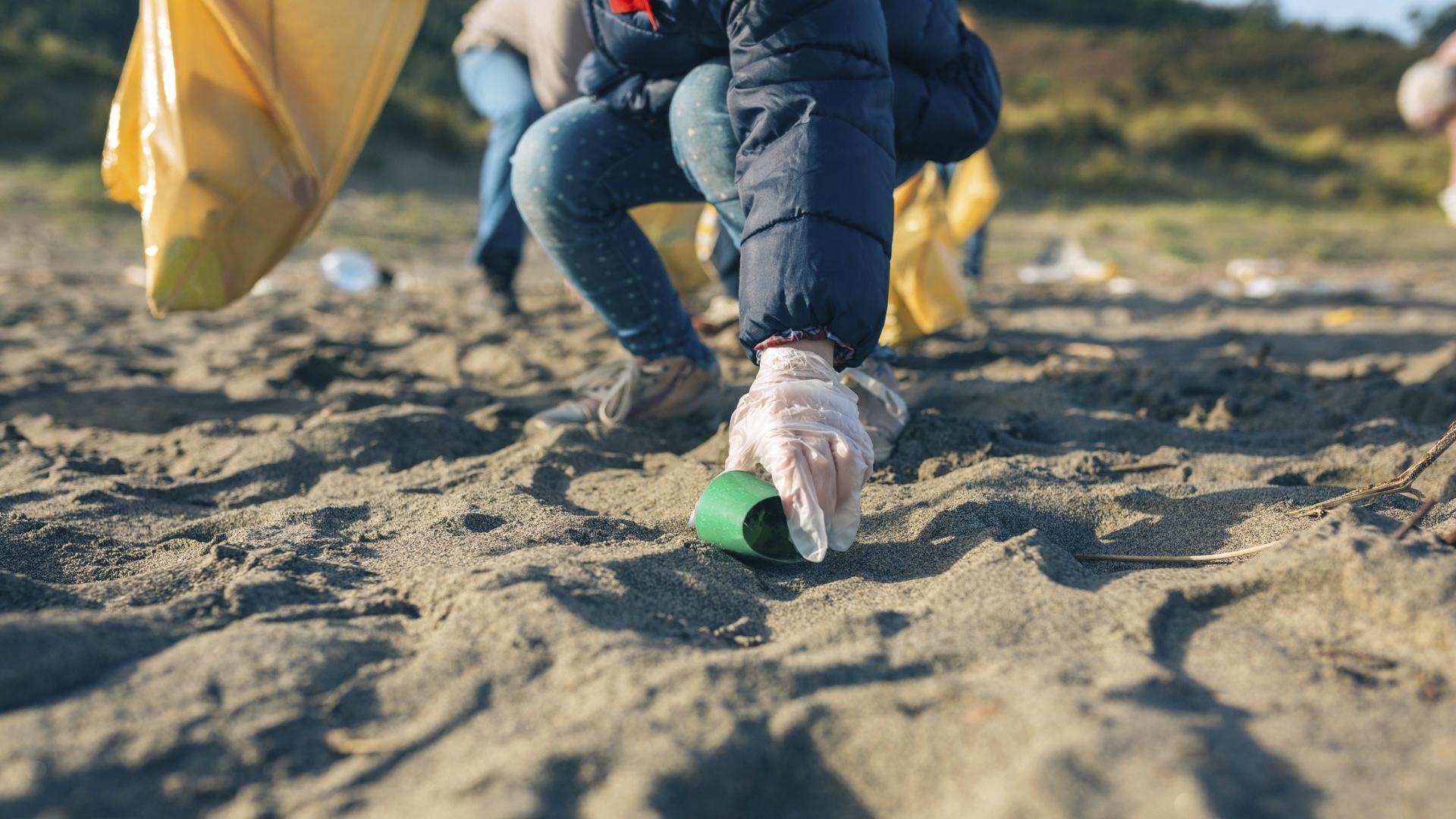 Muovin osuus kaikesta Itämeren rantojen roskasta on 30–80 prosenttia. Yleisin roska, joka ihmisten käyttämiltä rannoilta löytyy, on tupakantumppi.