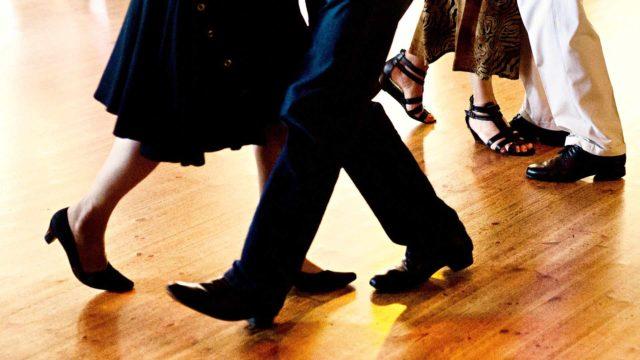 Tanssissa yhdistyvät fyysinen harjoittelu sekä vahvat tunteet ja aistikokemukset.