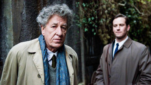Alberto Giacometti (Geoffrey Rush, vas) ja James Lord (Armie Hammer, oik) elokuvassa Viimeinen muotokuva.