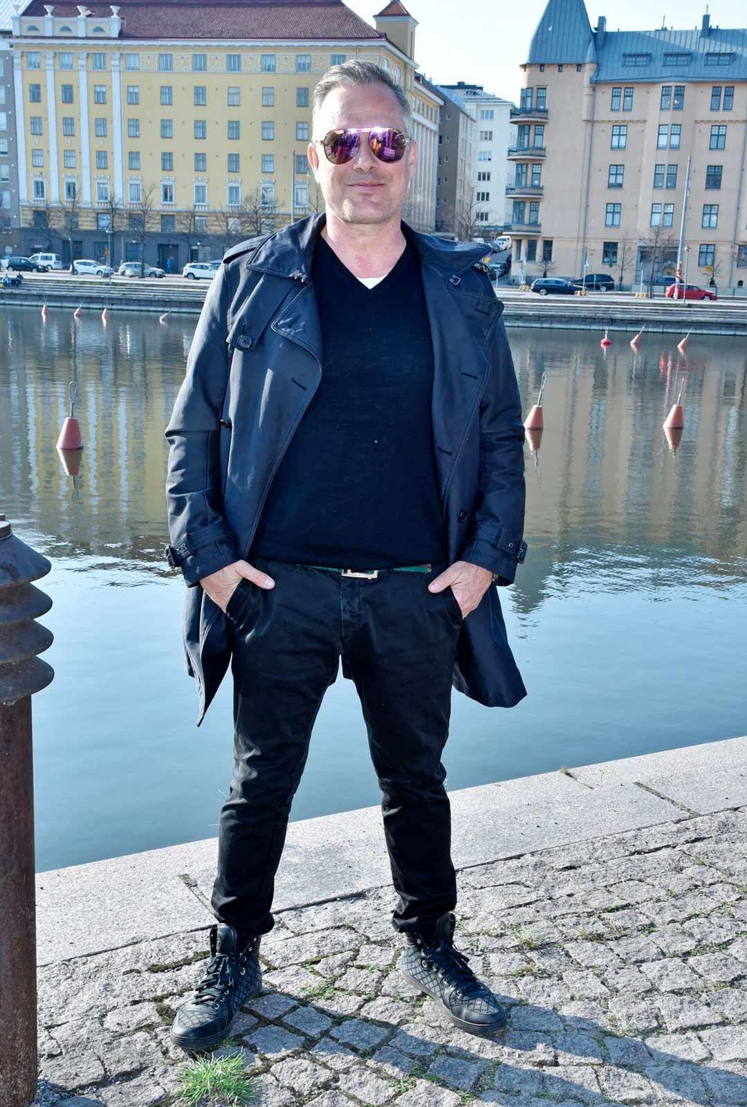 Marko Björs odottaa erityisesti lähiterassinsa aukeamista.