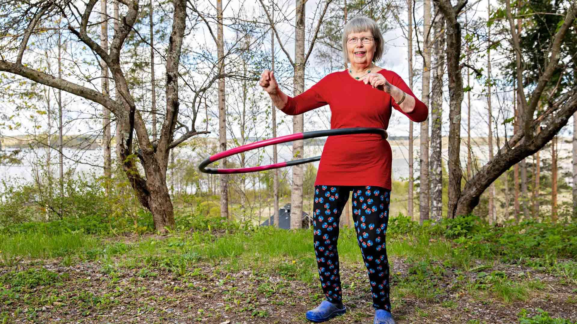 Liikunta auttaa jaksamaan fyysisesti raskasta omaishoidon arkea, mutta se on Anja Rautiolalle myös henkireikä.