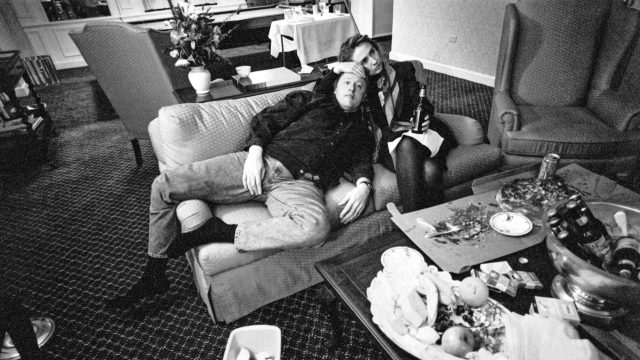 Bill ja Hillary Clinton rentoutuvat vuoden 1992 presidentinvaalikampanjan aikana.