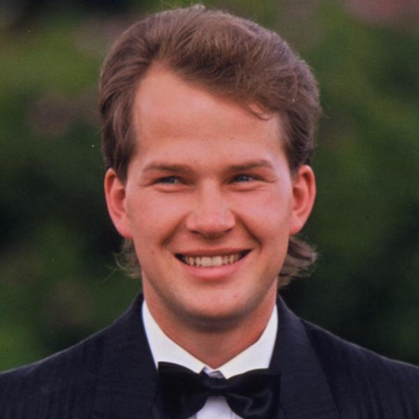 Jouni Raitio, tangokuningas vuodelta 1990.