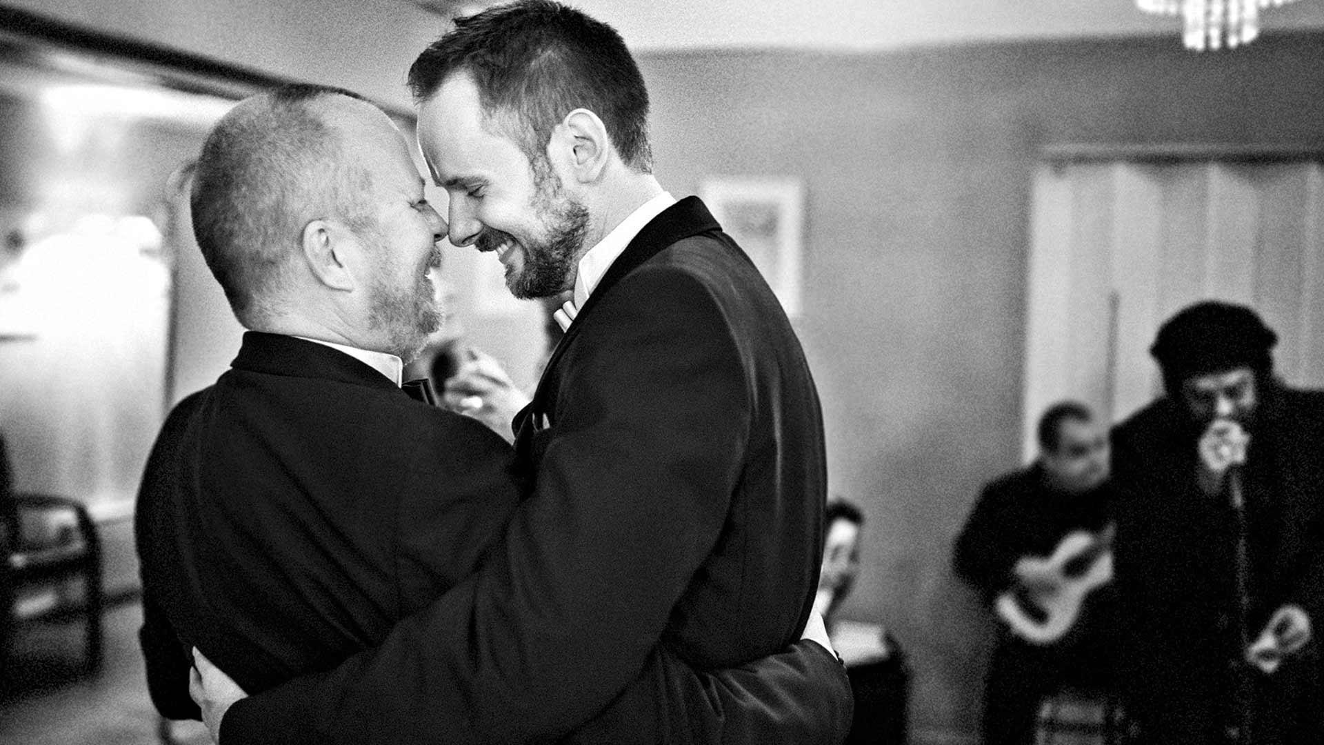 Häitä juhlittiin Samin ja Marekin tapaamisen vuosipäivänä 13.7. Vieraita oli ympäri maailmaa.