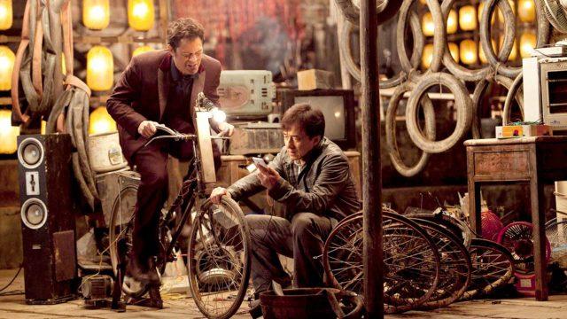 Jackie Chan jaJohnny KnoxvilleelokuvassaSkiptrace.