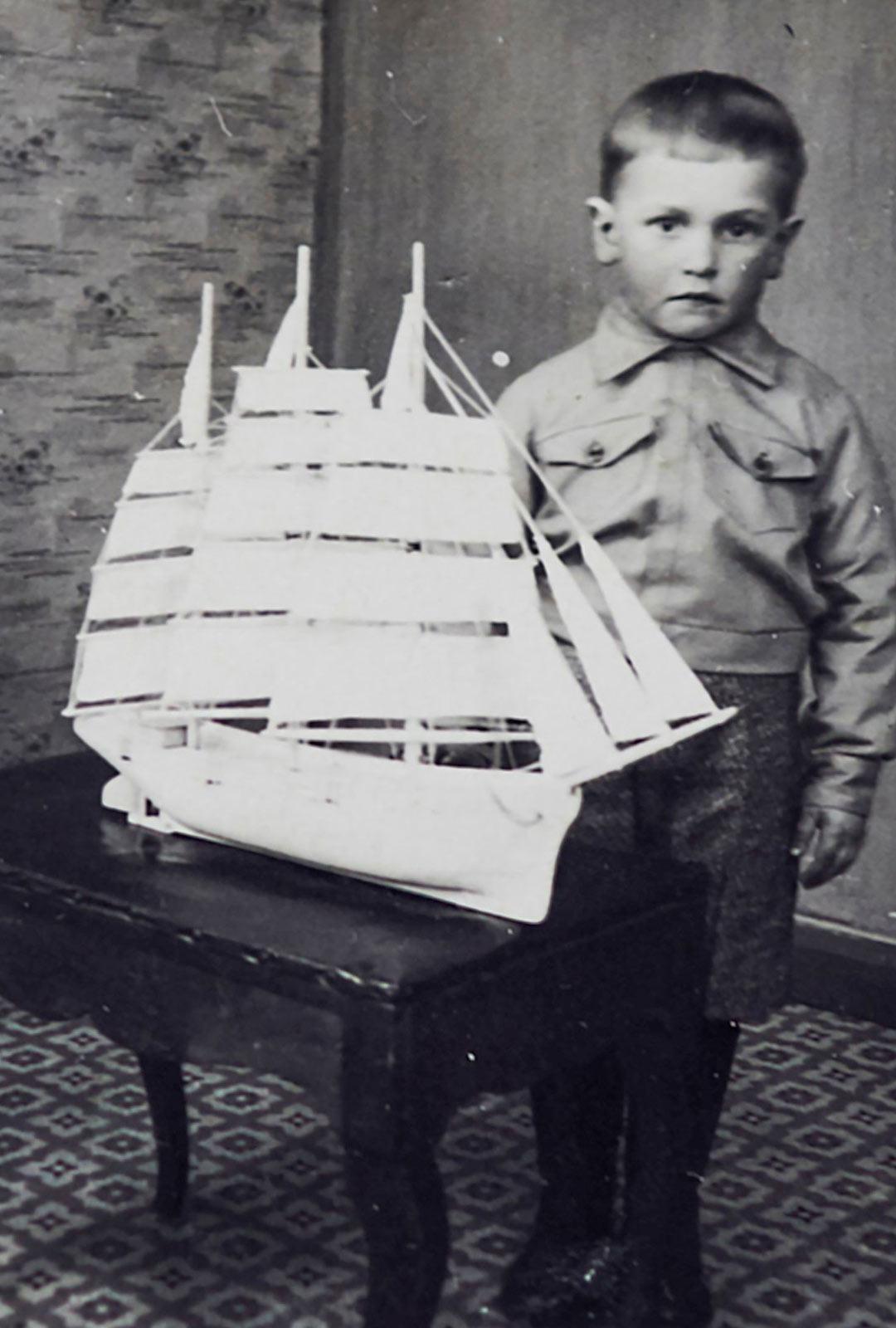 Viisivuotias evakko vuonna 1940.