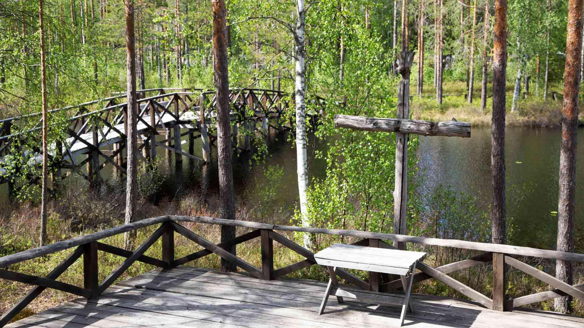 Luontokirkossa järjestetään kesäisin muun muassa konsertteja, häitä ja ristiäisiä. Aina avoinna oleva luontokirkko tarjoaa oivan hiljentymispaikan myös matkailijoille.