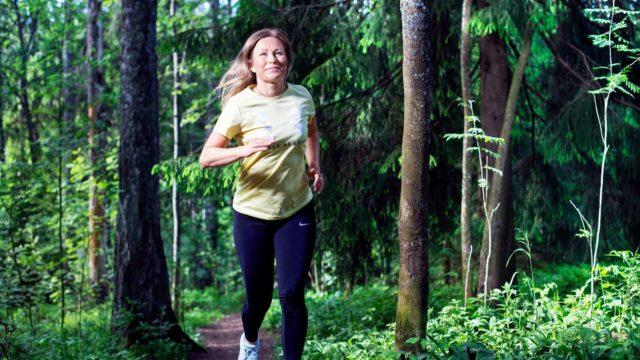 """""""On upea tunne pystyä juoksemaan monen kuukauden toipumisen jälkeen"""", Miira Laulajainen sanoo nyt, kun borrelioosi on vihdoin voitettu."""