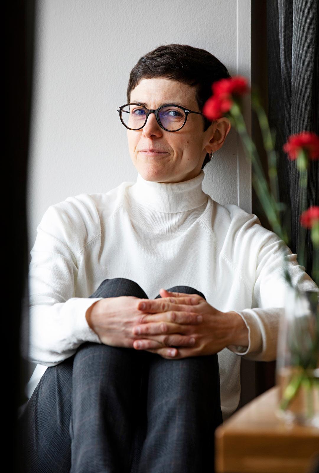 Patricia G. Bertényi on kirjailija ja New Yorkin valokuvausakatemiasta valmistunut valokuvaaja.