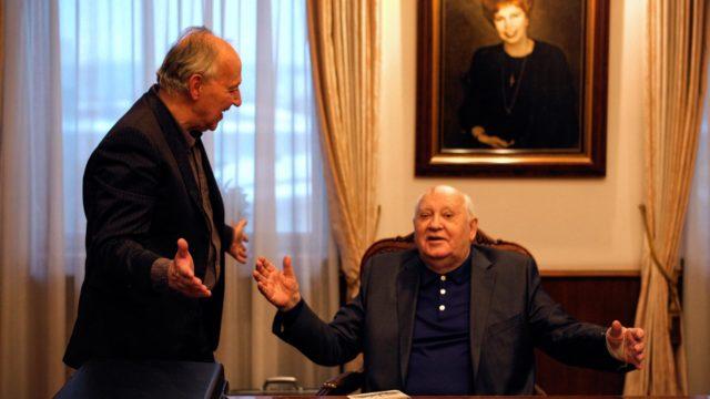 Dokumentti Ystäväni Gorbatshov, kuvassa Gorbatšov ja Herzog.