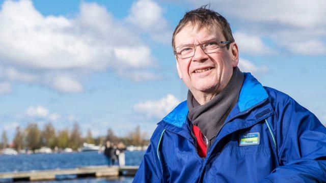 Tapio Särkkä jaksaa uskoa, että Suomen ja Venäjän raja voidaan avata uudelleen jo syksyllä. Vaikka hänestä rajan sulkeminen oli pandemian takia perusteltua, se on tuottanut hankaluuksia ja harmia kaikille, joilla on kiinteät suhteet Venäjälle.