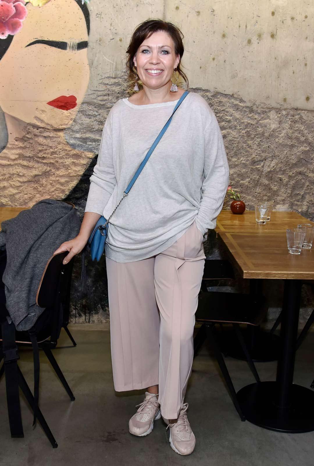 Iskelmätähti ja näyttelijä Anna Hanski sairasti koronan.