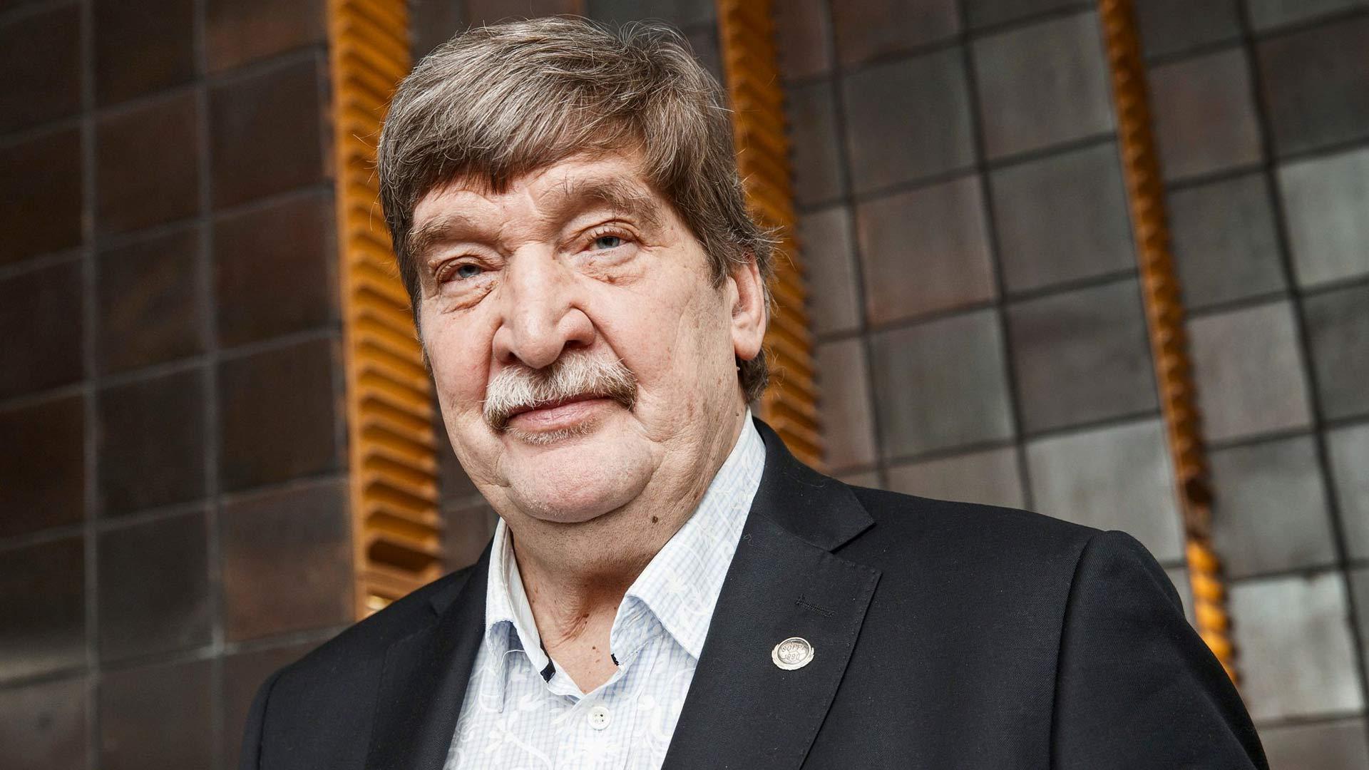 Erkki Alaja on kokenut Olympiastadionilla elämyksiä niin pelaajana kuin HJK:n toimitusjohtajana.