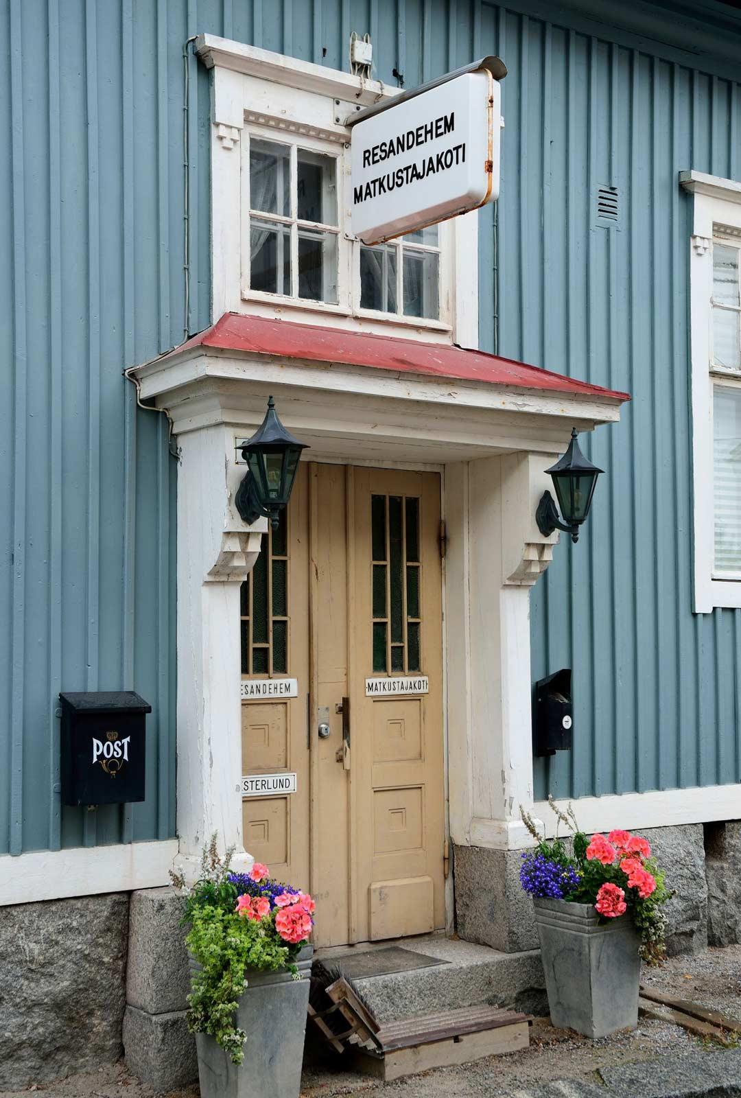 Pietarsaaren idyllisessä vanhassa kaupungissa voi majoittua perinteisessä matkustajakodissa.