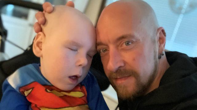 Meidän Matias -blogia pitää pojastaan Mika Ahonen.