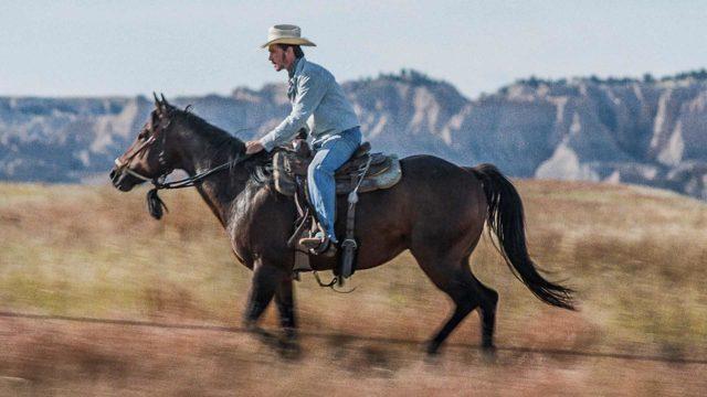 Brady Jandreau elokuvassa Ratsastaja.