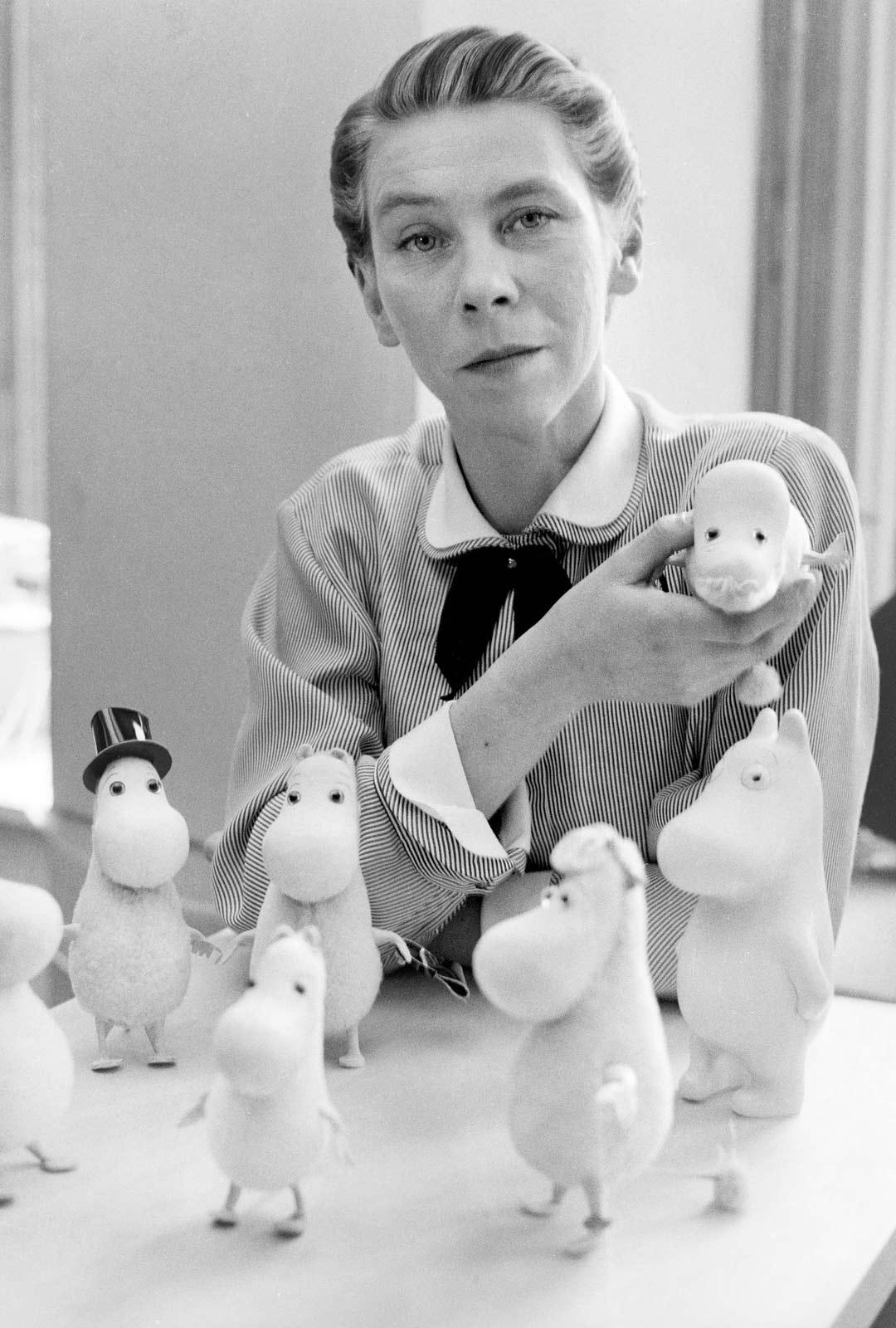 Kerhon näytöksissä vilisi tulevaa suomalaista taide-eliittiä, muun muassa nuori graafikko Tove Jansson.