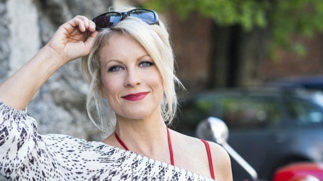 Laura Voutilainen poti poikkeuskevään aikana identiteettikriisiä: kuka olen artistiminäni takana?