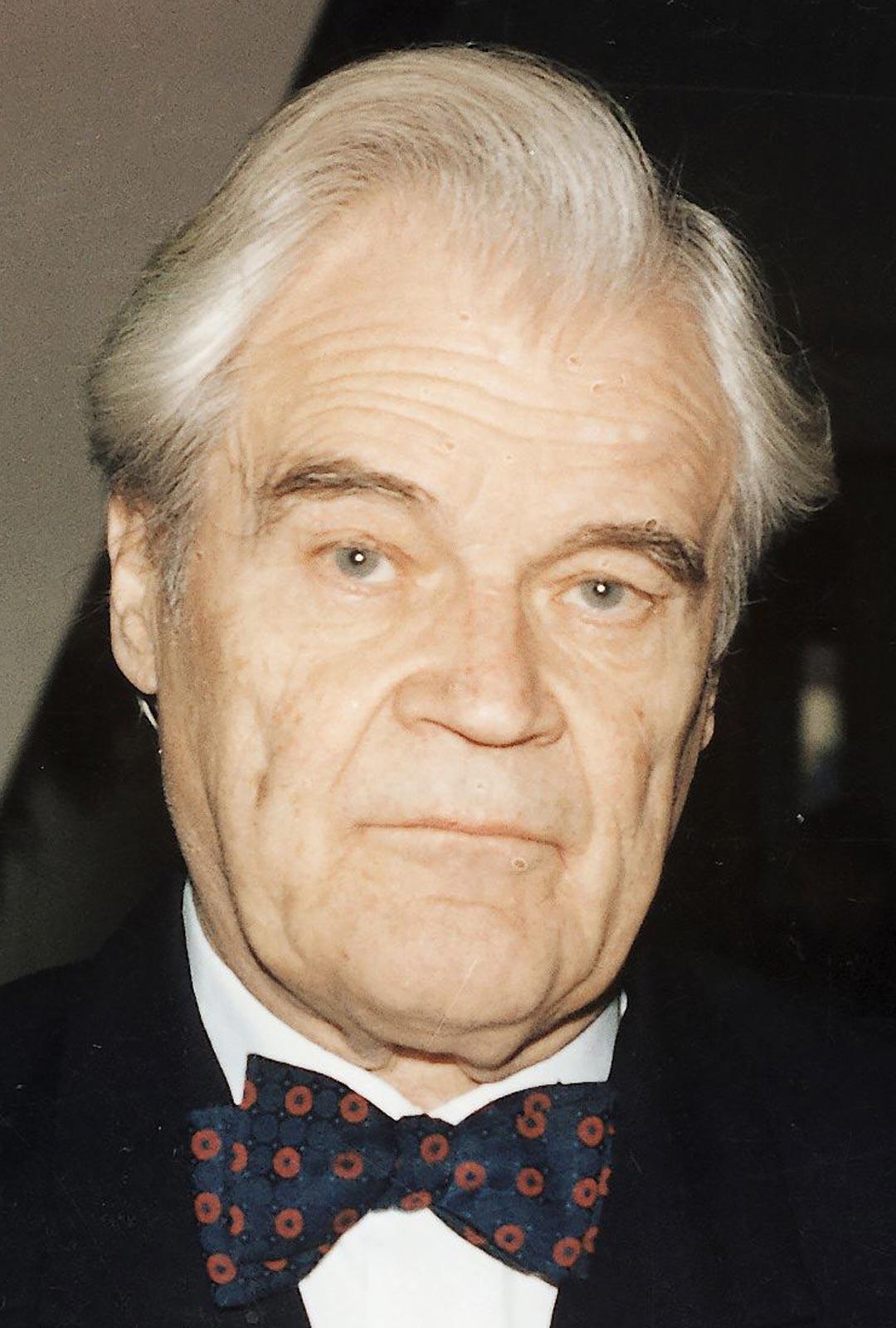 Inkerinmaalla syntynyt kirkkoherran poika Caius Kajanti kuoli 97-vuotiaana vuonna 2012.