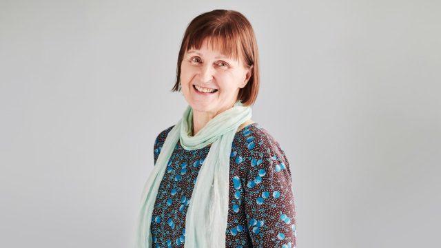 """""""Muistisairaus on sellainen tauti, jossa läheinen voi kulkea rinnalla"""", sanoo Liisa Seppänen."""