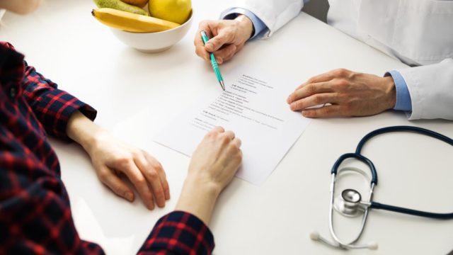 Vastaamo-tietomurto puhuttaa: tällaisia tietoja terapiakäynneistä kirjataan potilastietoihin