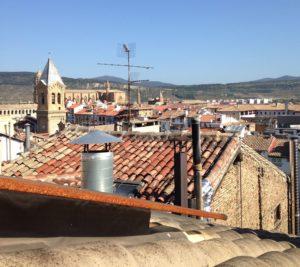 Pamplona kattohuoneistosta nähtynä.