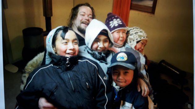 Klaus ja Siorapalukin lapset vuonna 2006.